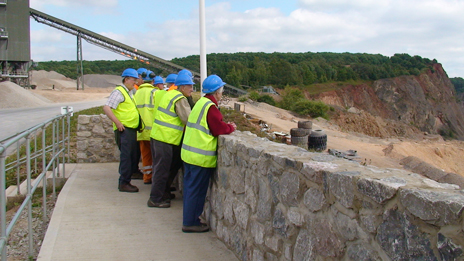 LIHS members on the viewing platform at Cloud Hill quarry